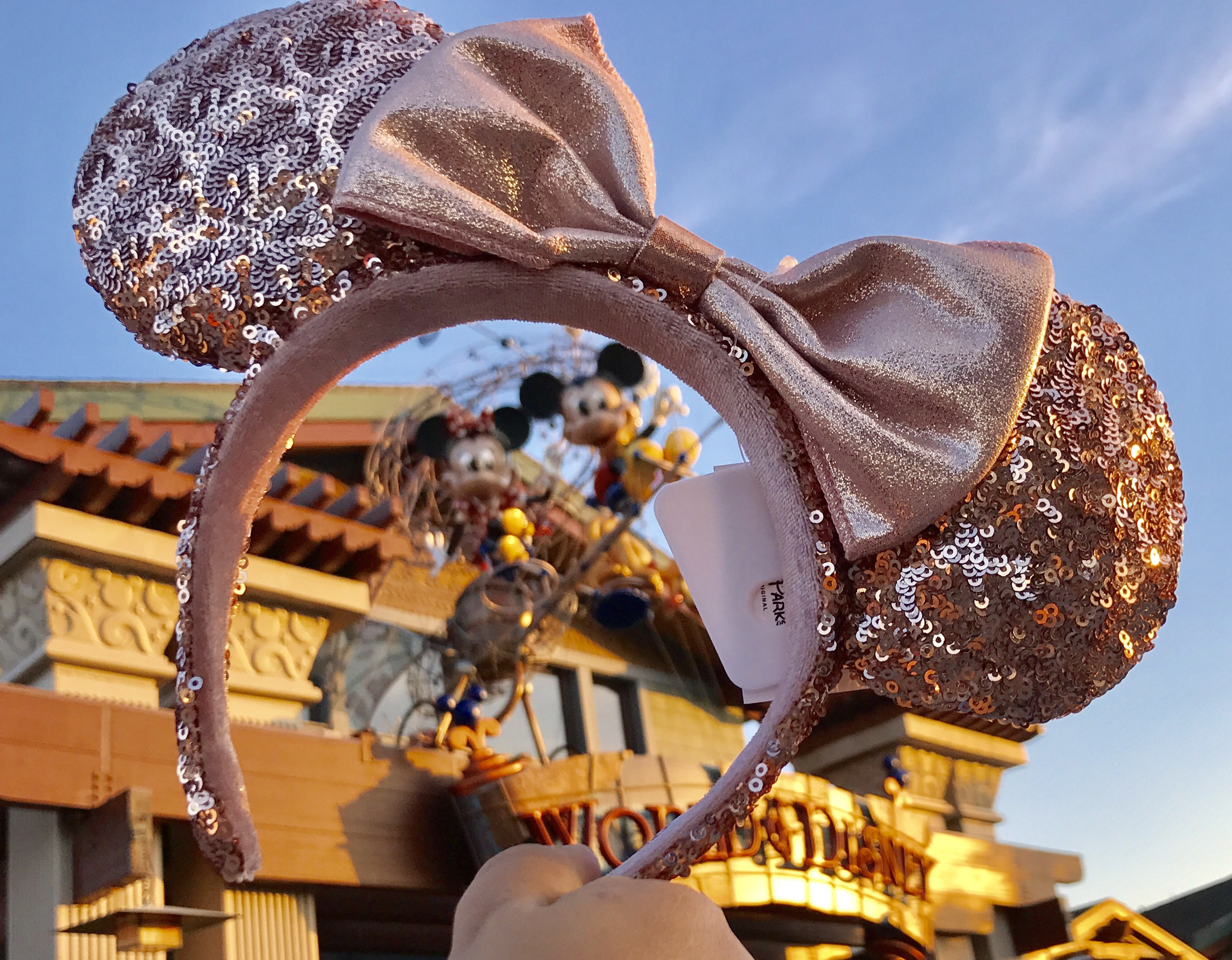 Win these free hard to find Rose Gold Minnie Ears!